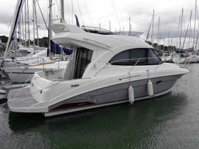 Bénéteau Antares 30 Fly (bateau à moteur) à vendre