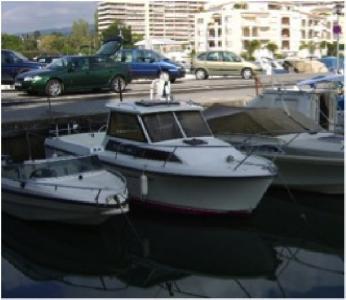 ESTEOU 630 et place au port de CANNES MARINA