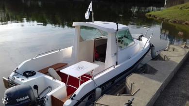 Bateau timonier clear liner 5m95 yamaha avec moteur