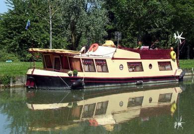 bateau fluvial habitable acier