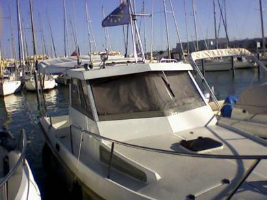 sea rover 6.40 plus place au port