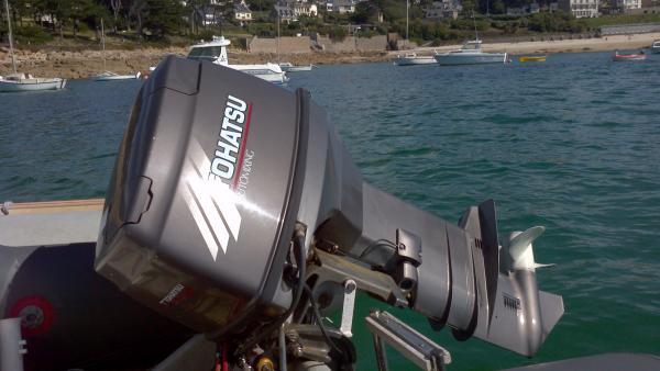 bateau narwhal hd 4 50   tohatsu 40 cv   remorque